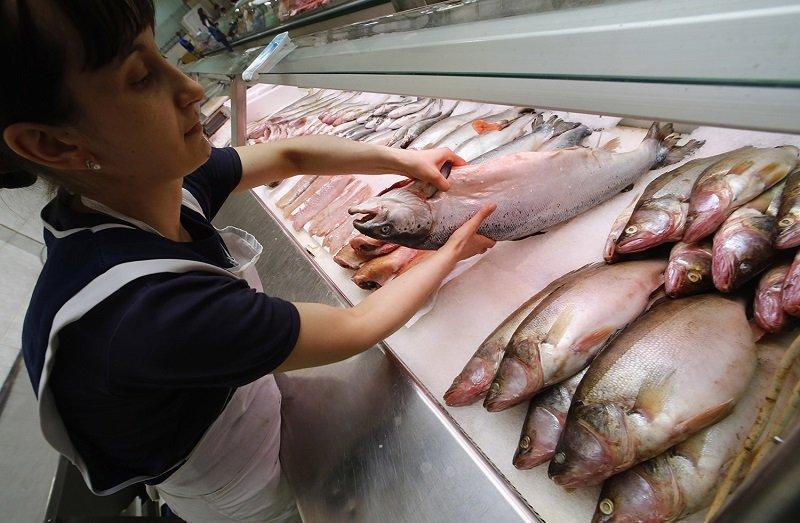 Как выбрать рыбу с икрой: 2 минуты у прилавка — и в корзине всё для основного блюда и отпадных бутербродов